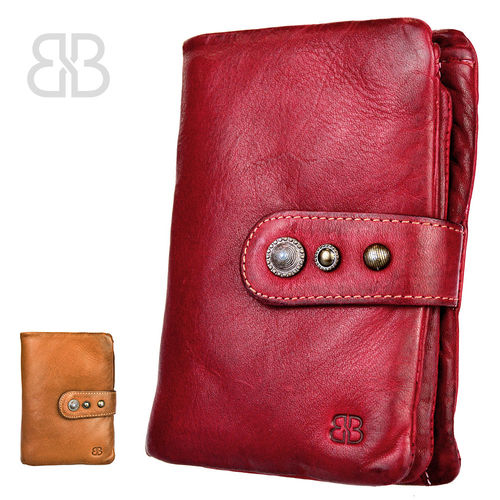 BELLICCI • Elegant women purse made of soft wash leather